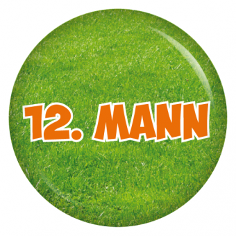 Button 12. Mann